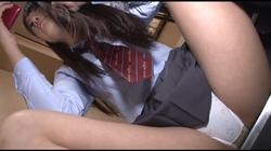 地下アイドルの裏バイト 元メンから流出した制服パンチラ #011