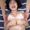 童顔で巨乳のエロかわ素人☆エロオイルマッサージ〜じゅぽフェラ、生パコ?
