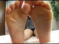【CF】足裏を見せる女 #182