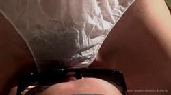 【新サンプル】M男です。女王様が『紙パンツ』で顔面騎乗。(正面固定カメラ)