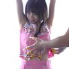 Popular actress Hatori ShinSaki-chan's Yubi brush tickling! (Series A 1/6)